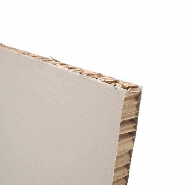 O Favo de Abelha é aplicável em vários tipos de indústria, nomeadamente a indústria vidreira, eletromecânica, automóvel, carpintaria ou mobiliário
