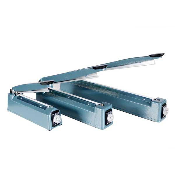 As máquinas de soldar sacos com corte funcionam por impulso, são muito fáceis de utilizar e estão equipadas com um programador de tempo de soldagem