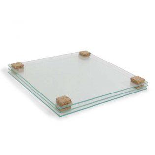 Pequenos quadrados de cortiça autoadesiva que não deixam vestígios nos objetos