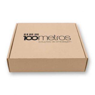As caixas de cartão personalizadas para encomendas são automontáveis, em cartão fino com kraft exterior, 100% reciclável