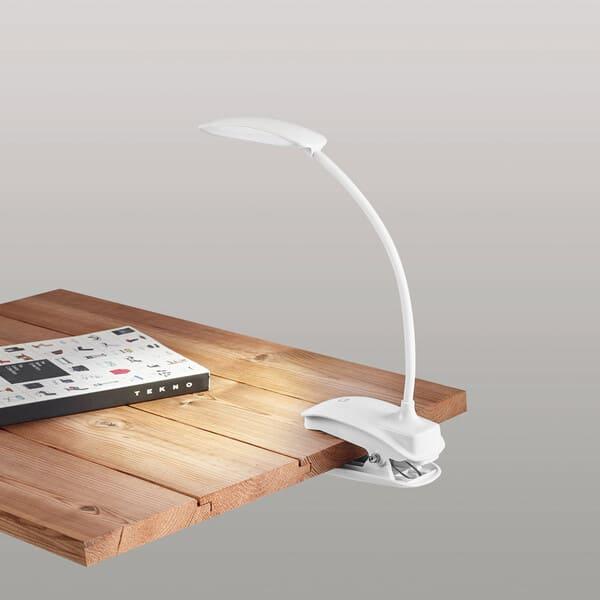 Candeeiro com mola, braço flexível e botão tátil com 3 modos de luz