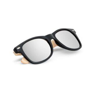 Óculos de sol com armação em PP e bambu. Lentes com acabamento espelhado e com proteção UV400