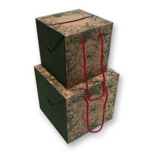 A caixa cubo de Natal é produzida em cartão microcanelado e tem um desenho elegante